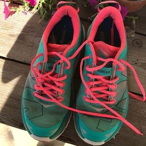 Hoka One One Shoes - Hooks One running shoes